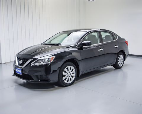 Pre-Owned 2017 Nissan Sentra S FWD 4dr Car